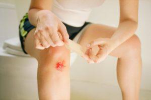 Нельзя обрабатывать рану