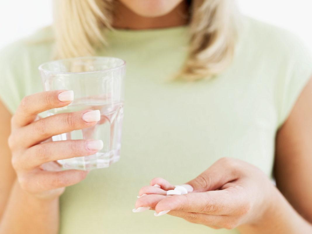 Принимать по половине таблетки