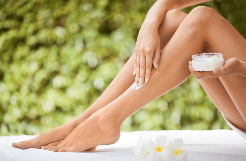 Увлажнение кожи ног
