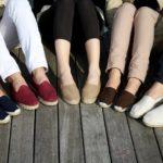 Ношение исключительно удобной обуви из натуральных тканей