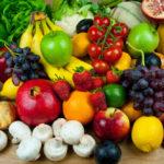 Все возможные фрукты, а также овощи